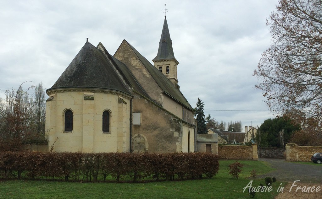The church near the restaurant in Saint-Quentin-les-Trôo