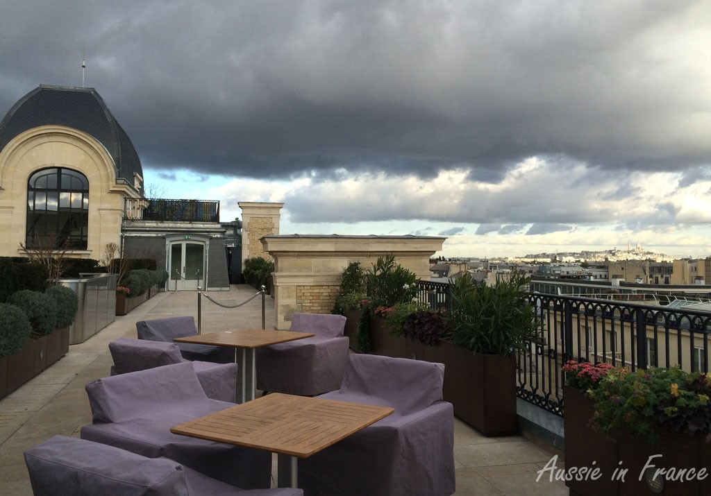 The Oiseau Bleu summer terrace with Sacré Coeur in the background