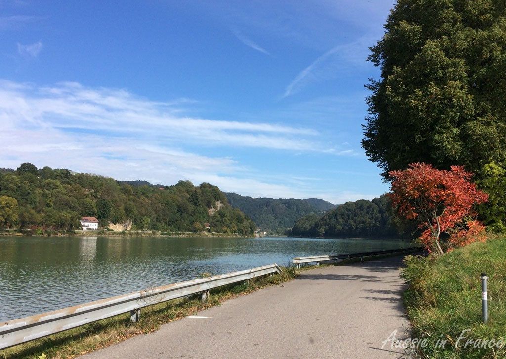 Autumn colours along the Danube