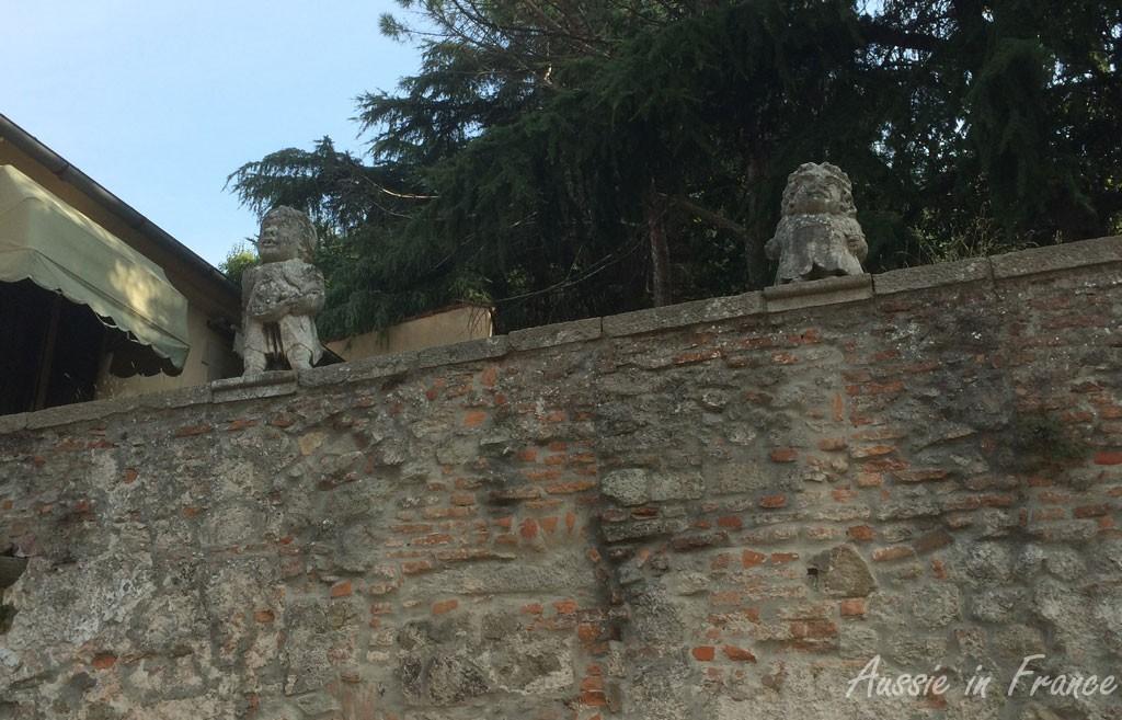 The dwarfs on Villa Nani-Mocengo