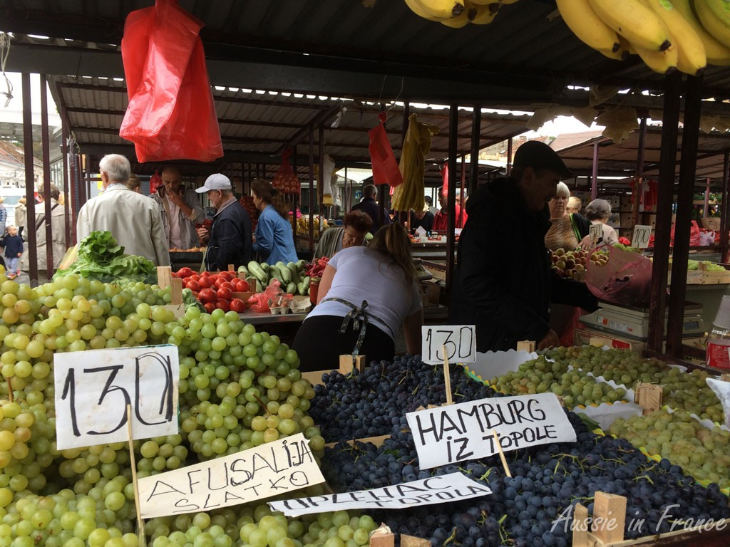 Grapes at the market in Zemum