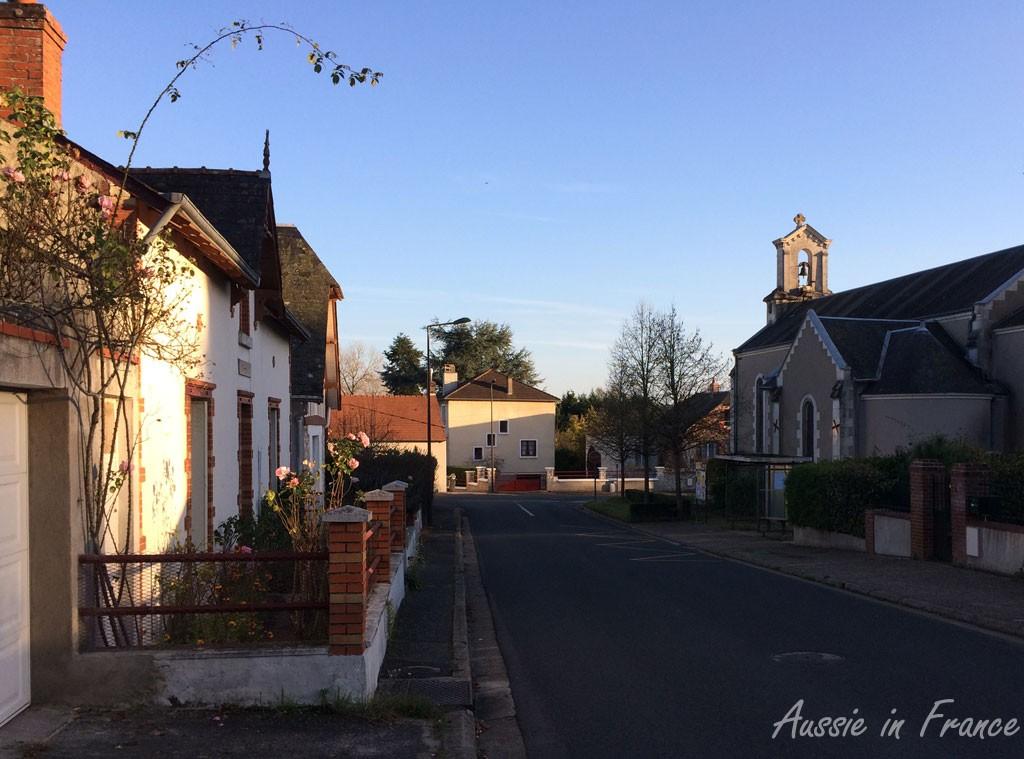 Our local church on the corner of Rue de l'Hôtel Pasquier and Rue Basse des Grouëts