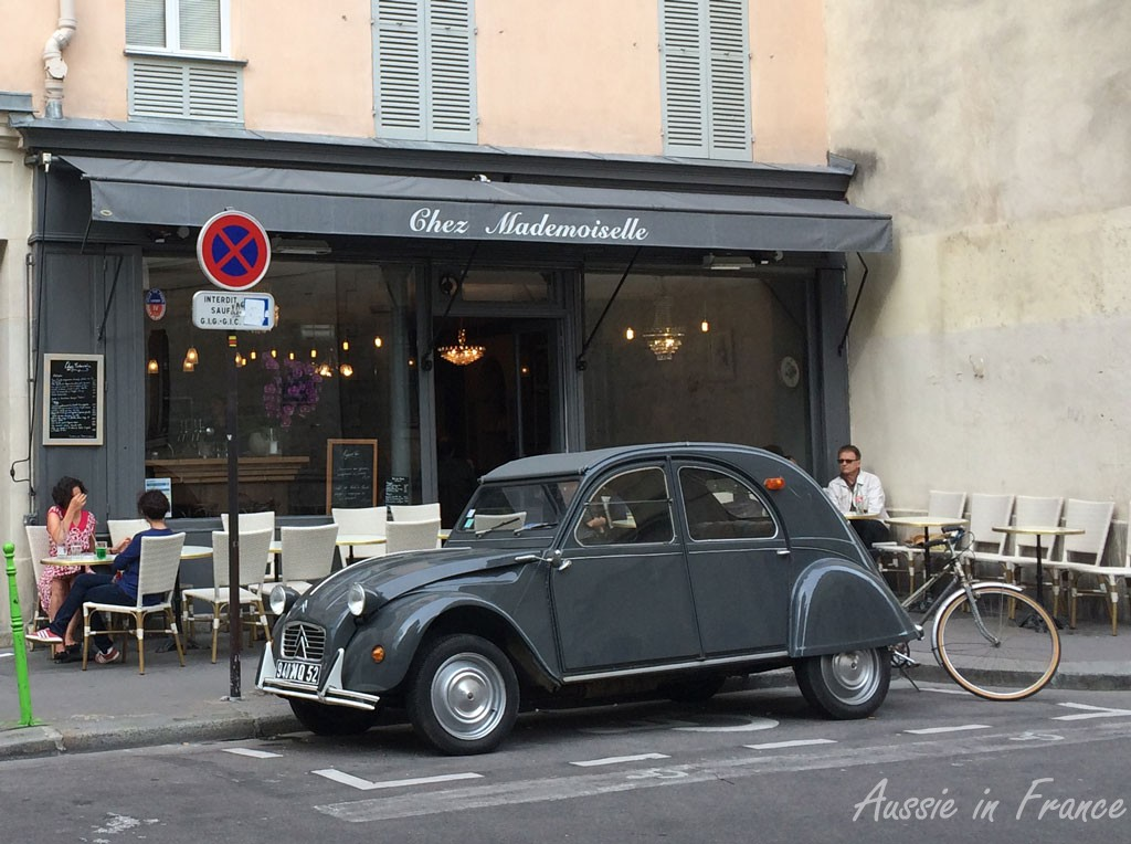 Chez Mademoiselle with its coordinated 2CV!