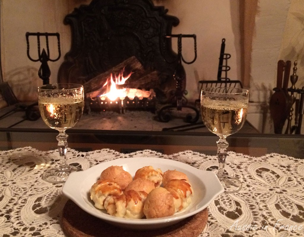 Gougères and mini-croissants beside the fire