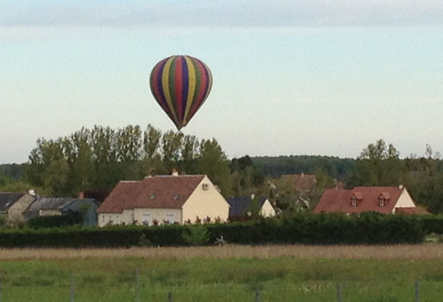 Air ballon near Vallères