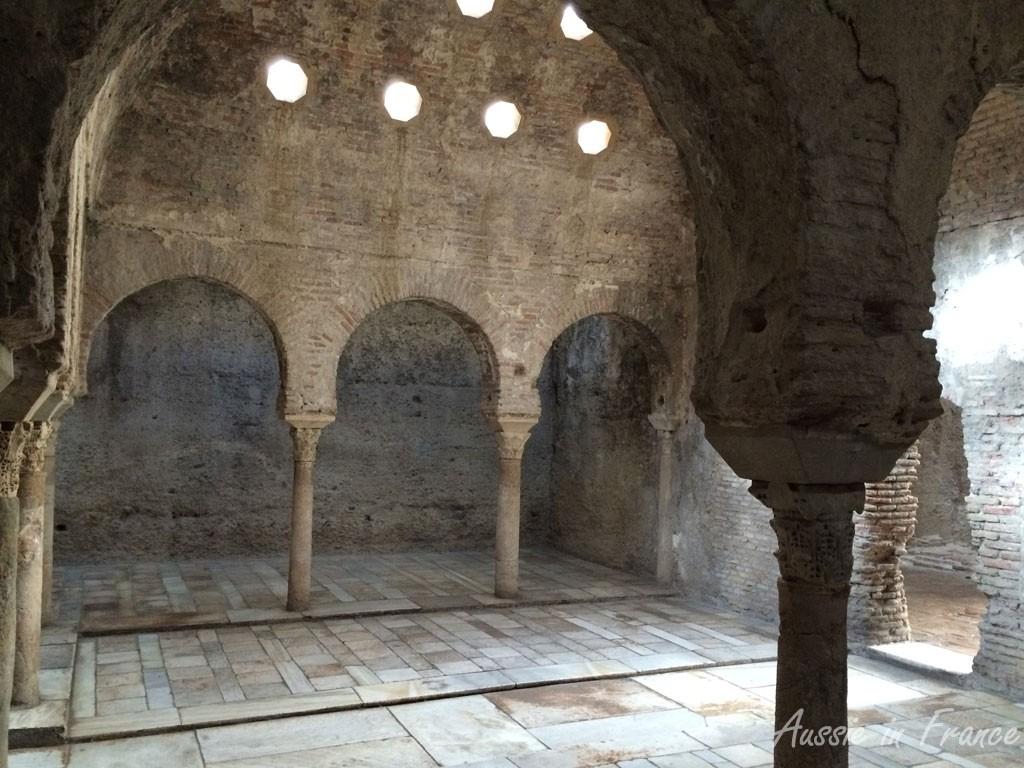 Banuelo, Granada's oldest public building