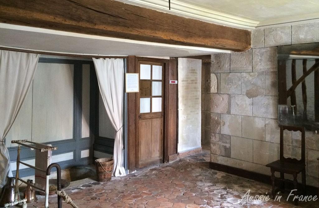 The bishop's bathroom in Meung castle