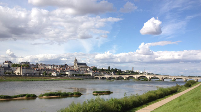 Blois from the cycle path on the banks of the Loire