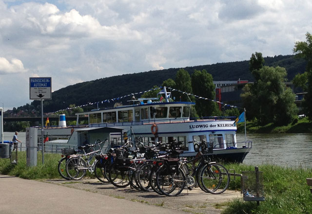 Boat with its silent engine on the Danube