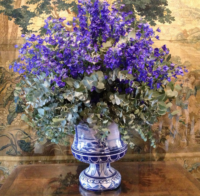 One of the many bouquets at Chenonceau