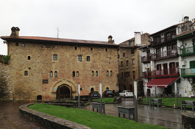 14th to 15th century palace which is now a hotel