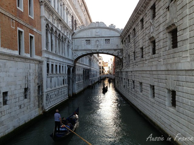 The Bridge of Sighs from the canal side