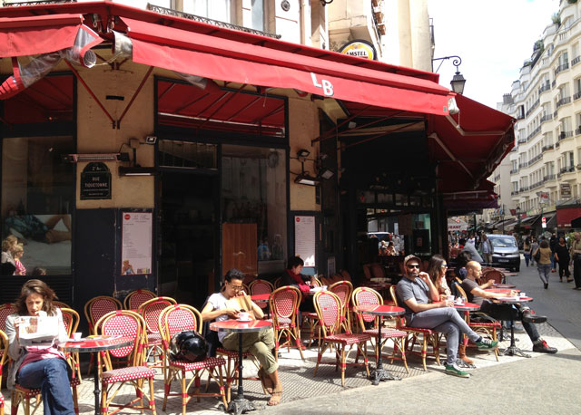 A café in rue Montorgueil on a Sunday morning
