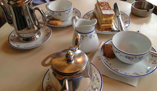 Afternoon tea at Carrette's, Place des Vosges