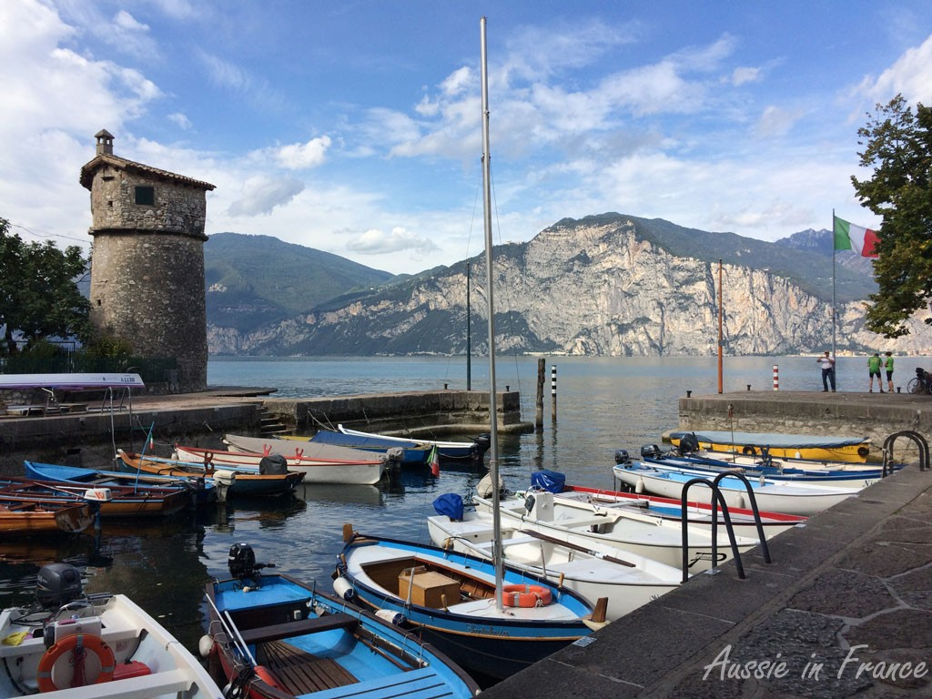 The tower and port in Cassone