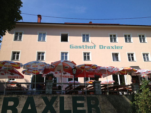 Gasthof Draxler from the Danube side