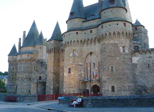 Gatehouse and Saint-Laurent Tower, Vitré