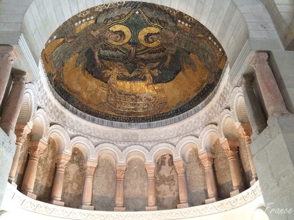 The beautiful mosaic work in the Carolingian oratory in Germigny