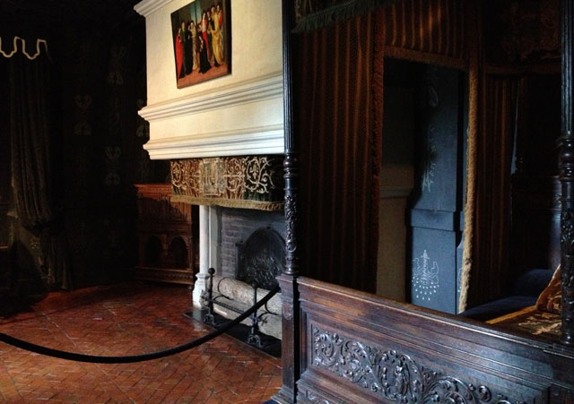 The White Queen's bedroom in which she mourned Henri III