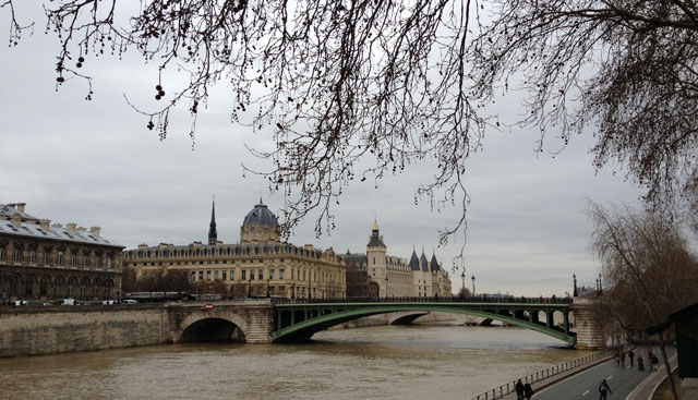 grey_skies_paris
