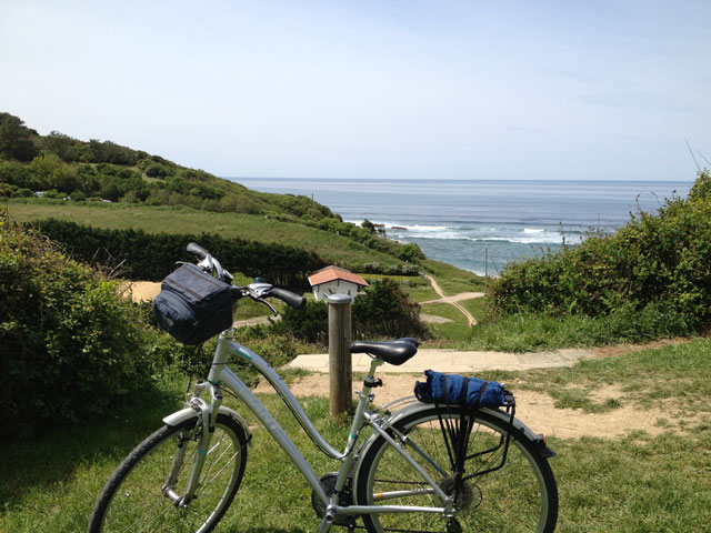 A stop along the hilltop cycle path