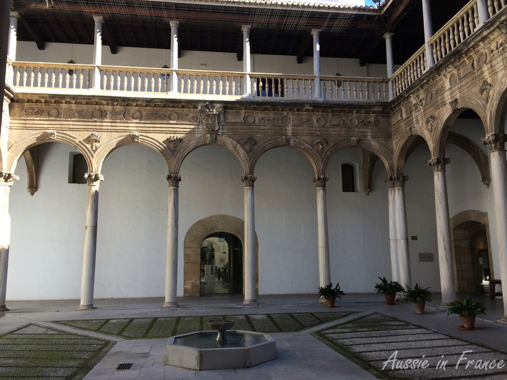 Former royal hospital, now Granada university