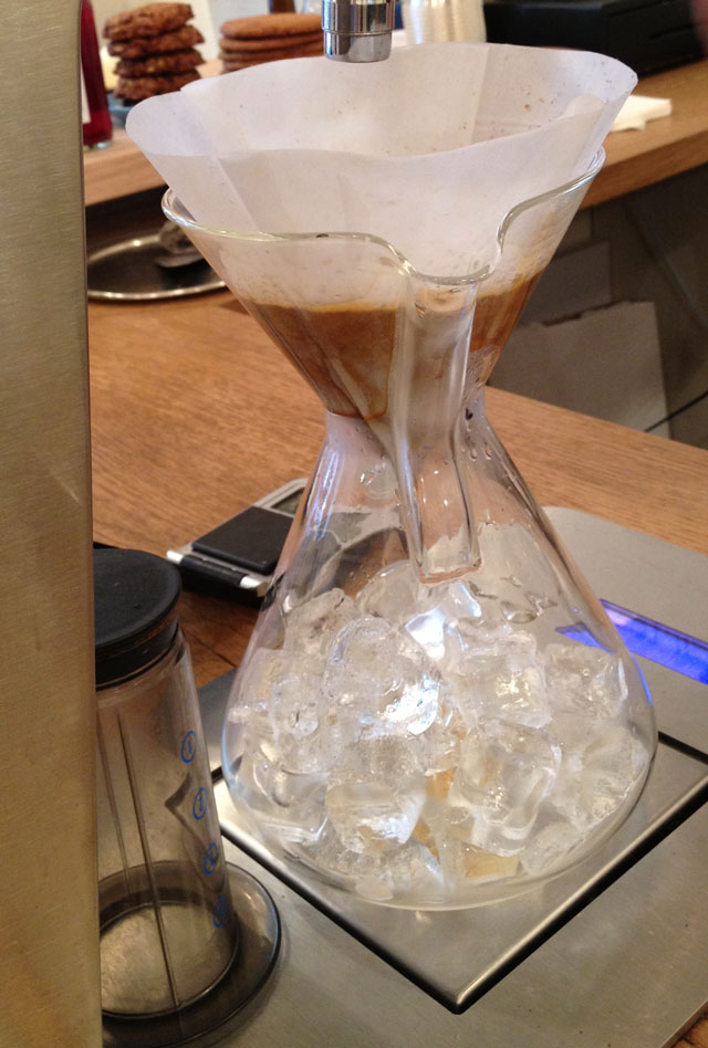 Filtered ice coffee step 3