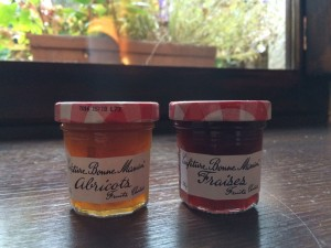France's most popular jams: abricots et fraises