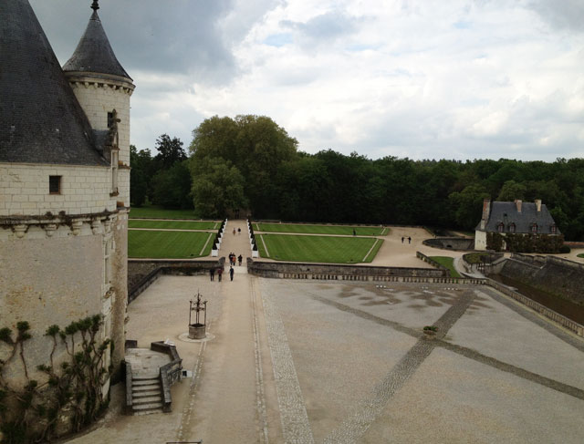 The keep and Catherine de Medicis' garden