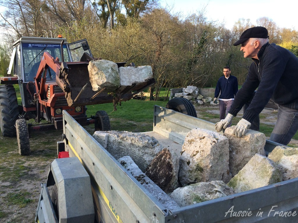 Loading the stones into the trailer is so much easier with a tractor!