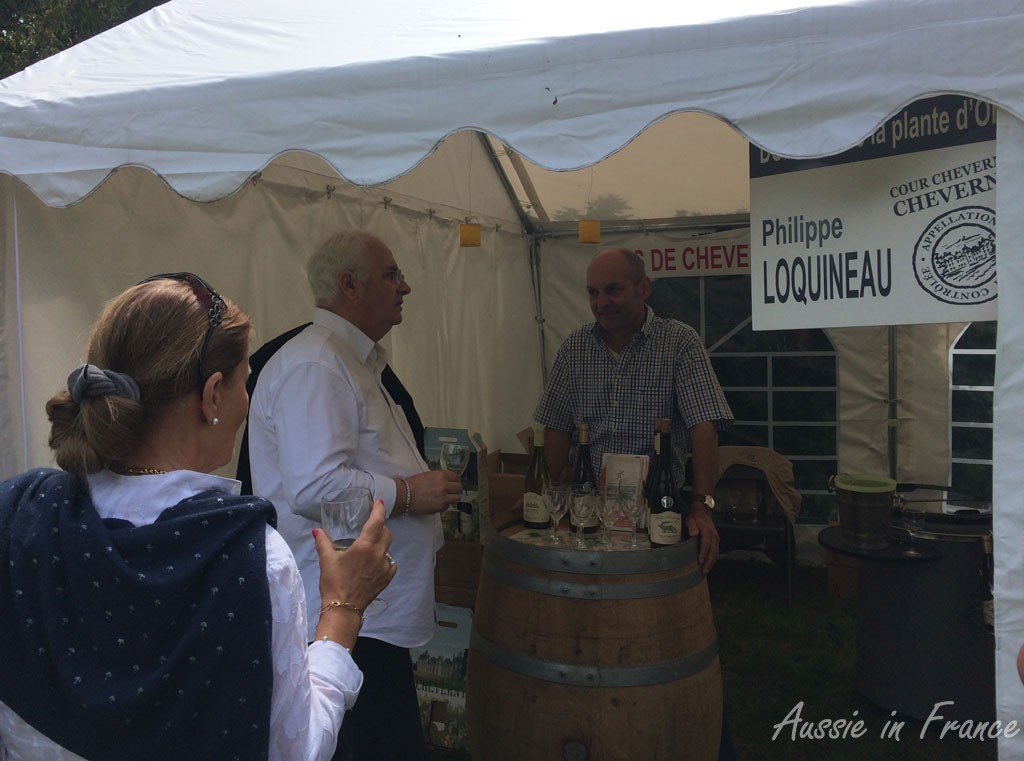 Wine-tasters at the Loquineau stall