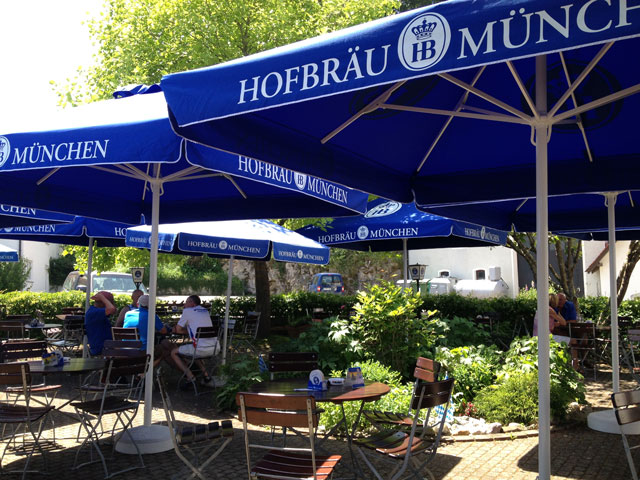 Lunch in the shade at Gasthaus Mühle in Dietfurt