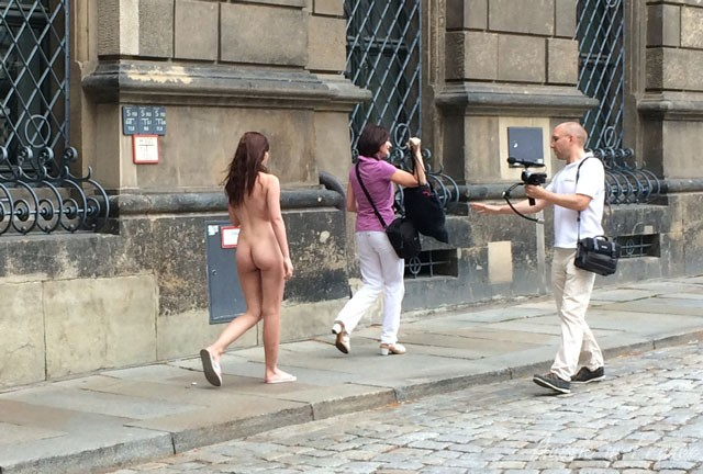 This was practically the first thing we saw in Dresden - dressing down on a Sunday morning!