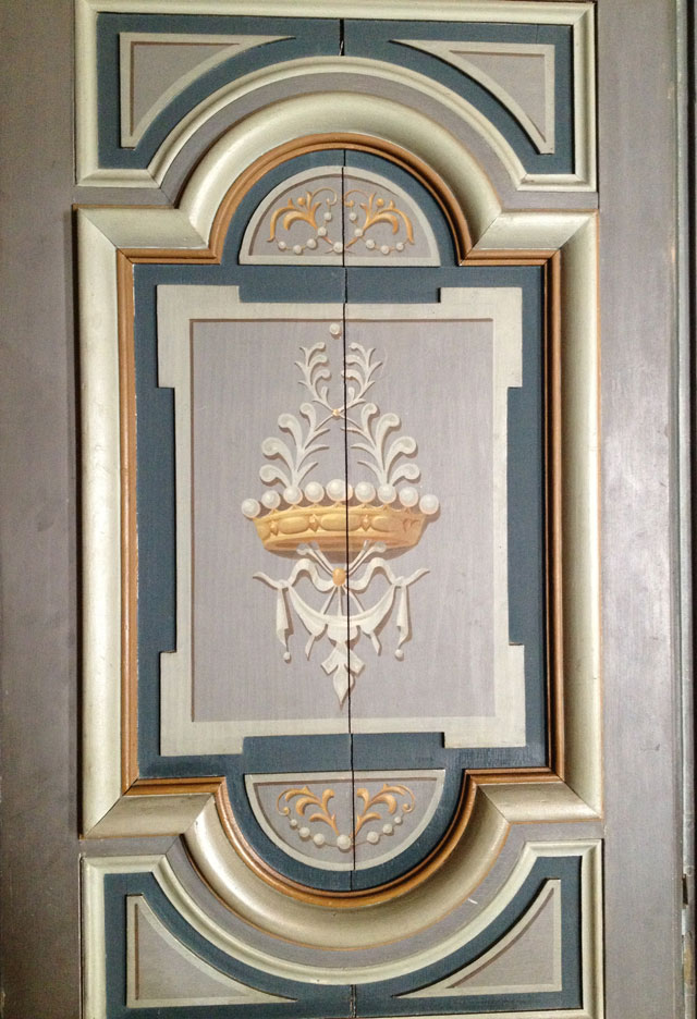 Painted door in the Grand Drawing Room