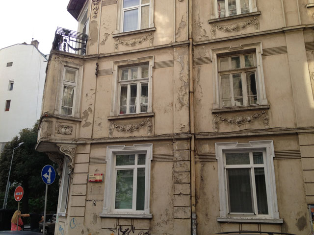A building in our street, which shows how beautiful some of the apartment buildings must have been in the past