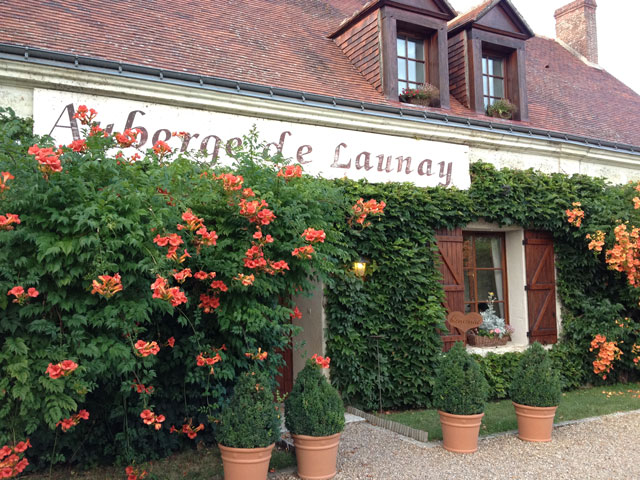 Auberge de Launay in the summer