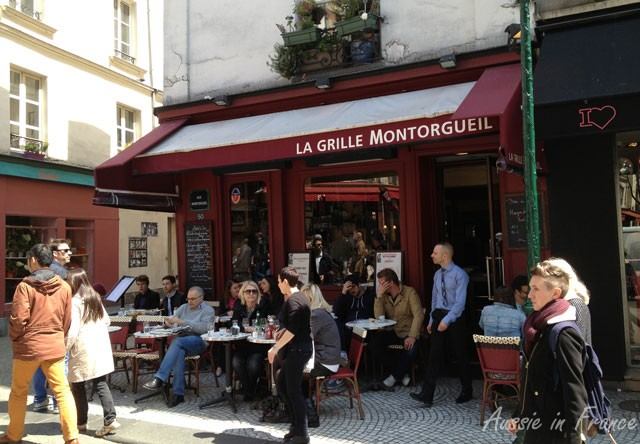 Un restaurant terrible dans la rue Montorgueil