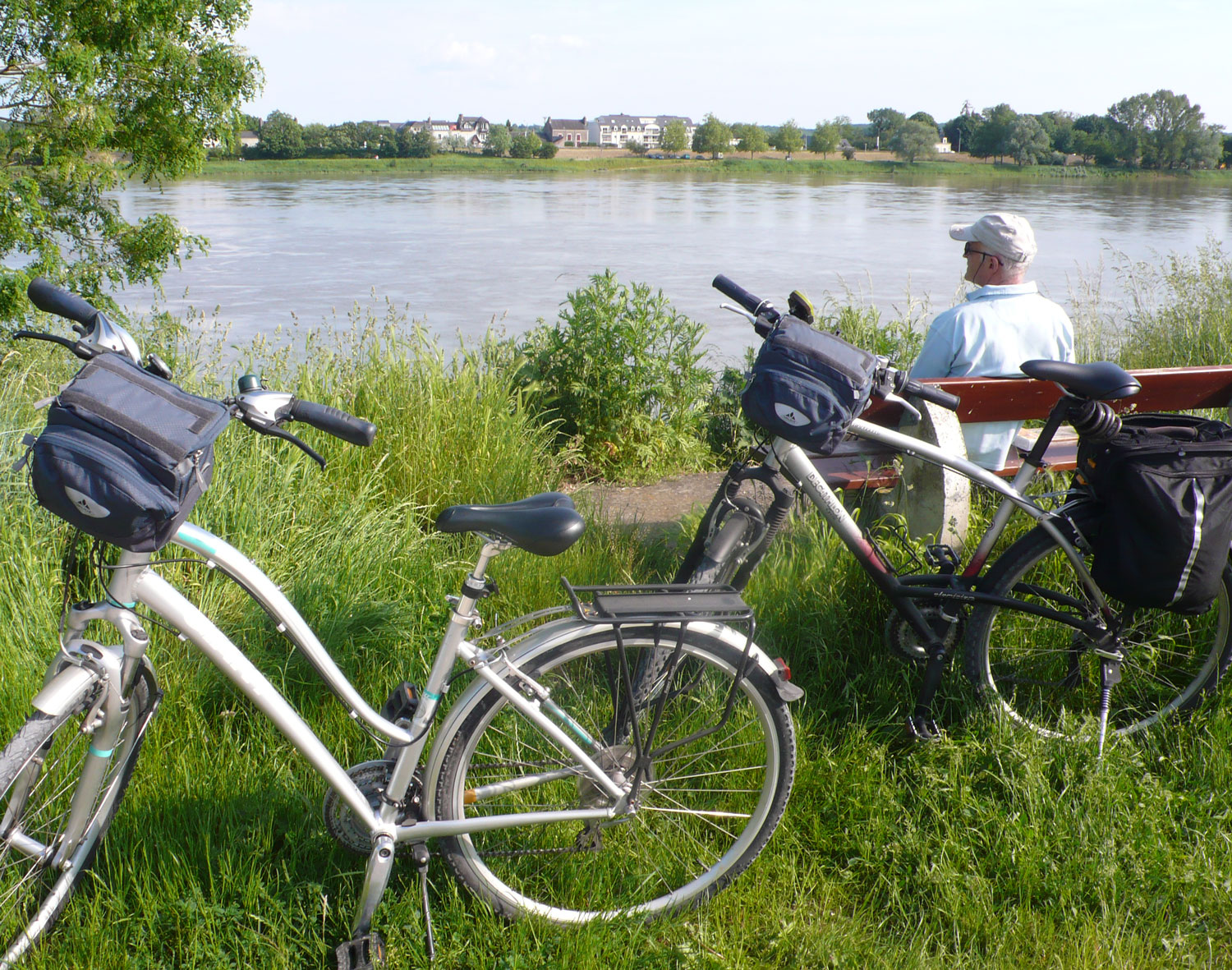 Cycling along the Loire
