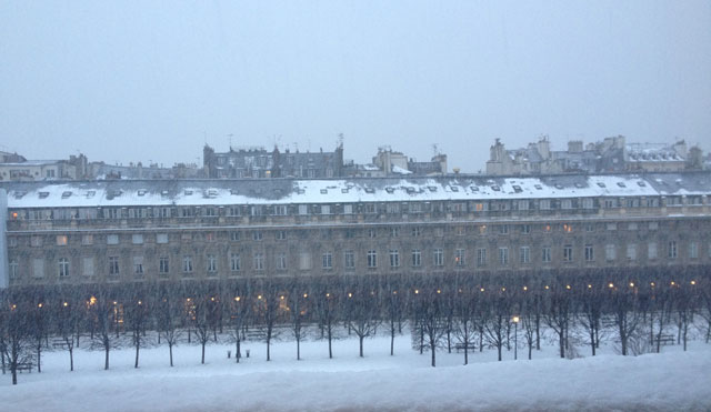 Snowing on the Palais Royal