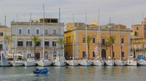 southern_italy_young_adventuresse