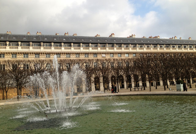 Sun on the fountain in the Palais Royal gardens