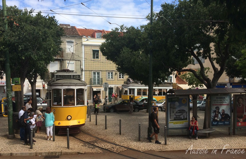 Tram 28 at the Graça terminus