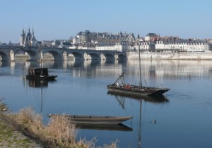 travel_notes_blois_with_boat