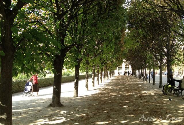 Looking down towards rue de Beaujolais