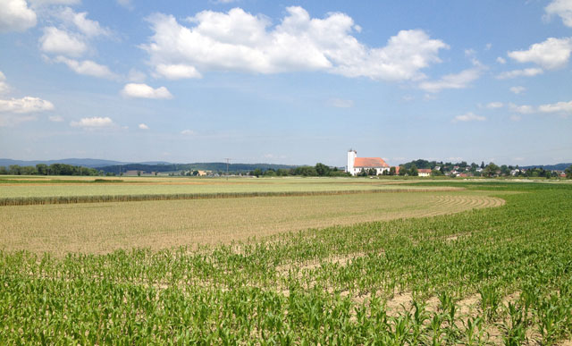 Typical scenery between Straubing and Mariaposching