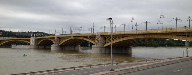 Margit Bridge or the yellow bridge as i prefer to call it